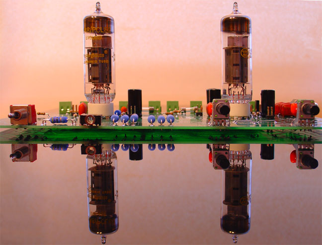 Low cost PCL82 tube amplifier kit
